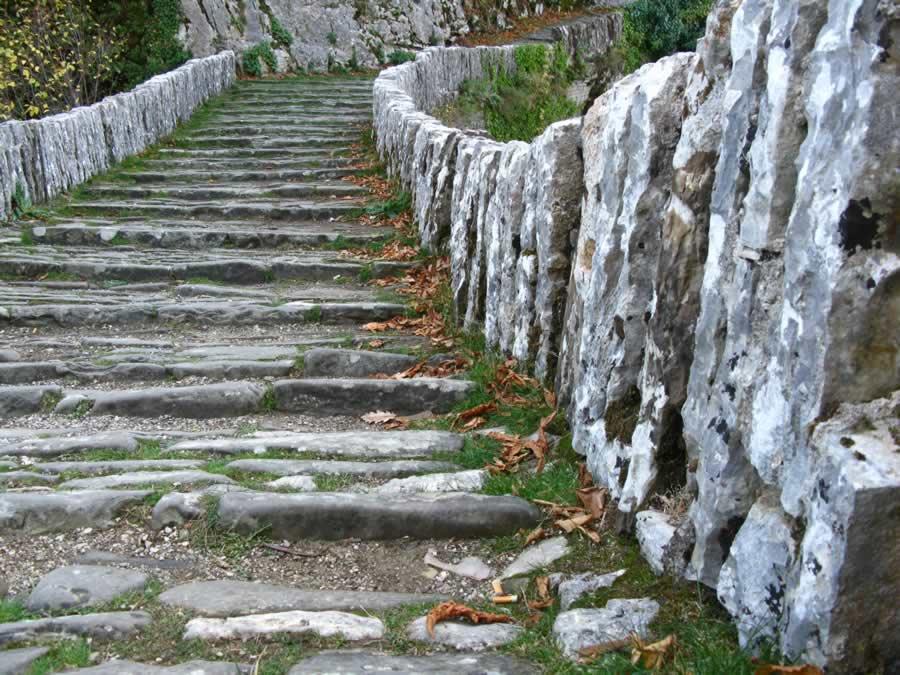 Πέτρινο γεφύρι, Ζαγοροχώρια Ιωαννίνων