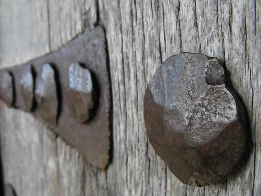 Old wooden door with rusty hinges, Zagorochoria